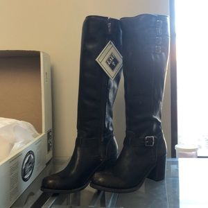 FRYE BOOTS KELLY BELTED TALL-STO SIZE 8.5